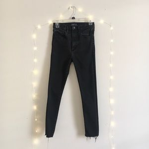 A&F ultra high rise jeans 27S